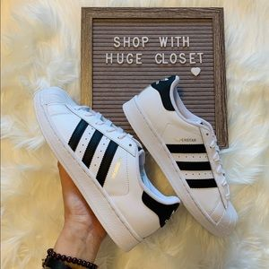 Adidas Superstar woman's size 9